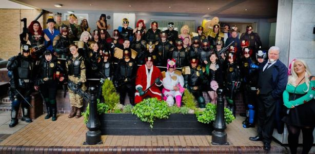 Lawgiver IV Con, group photo of all the cosplayers, 26May18