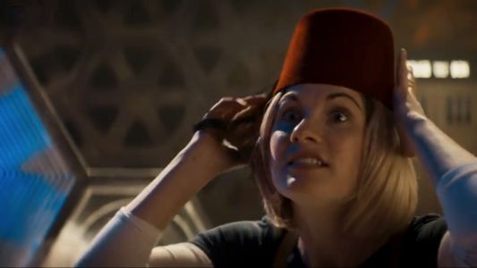 Dr Who tribute to medical staff (video).