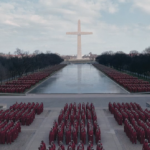 The Handmaid's Tale: Season 3 trailer.