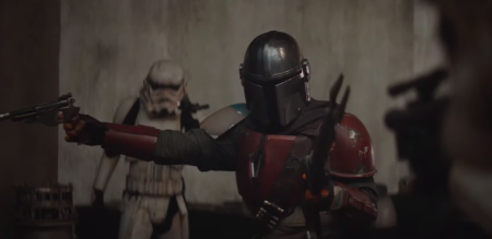 The Mandalorian (live action Star Wars TV series: new trailer).