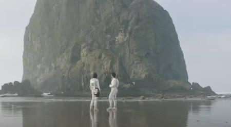 Doors (science fiction film: trailer).